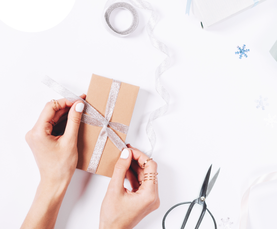 Why Offer Gift Wrapping in Ecommerce? [Data-Driven] | MageWorx Shopify Blog